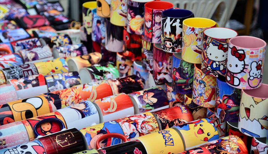 Tazas y polos de anime - Producto