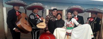 Miniatura Mariachi Luz de Luna Cusco